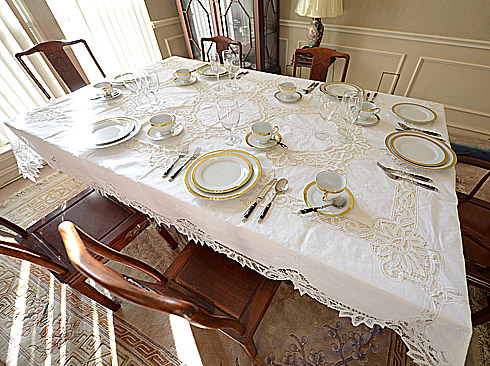 dining room tablecloth